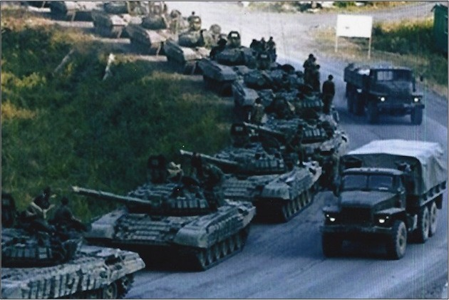 Russian-tanks-soldiers-3