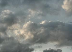 darkening_clouds